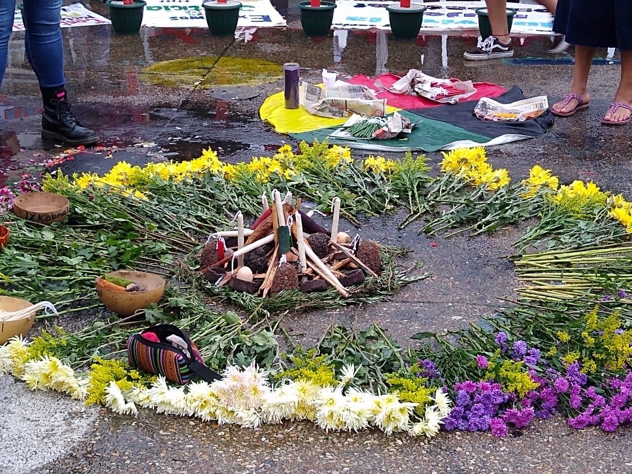 Ceremonia Maya en Altar de las niñas