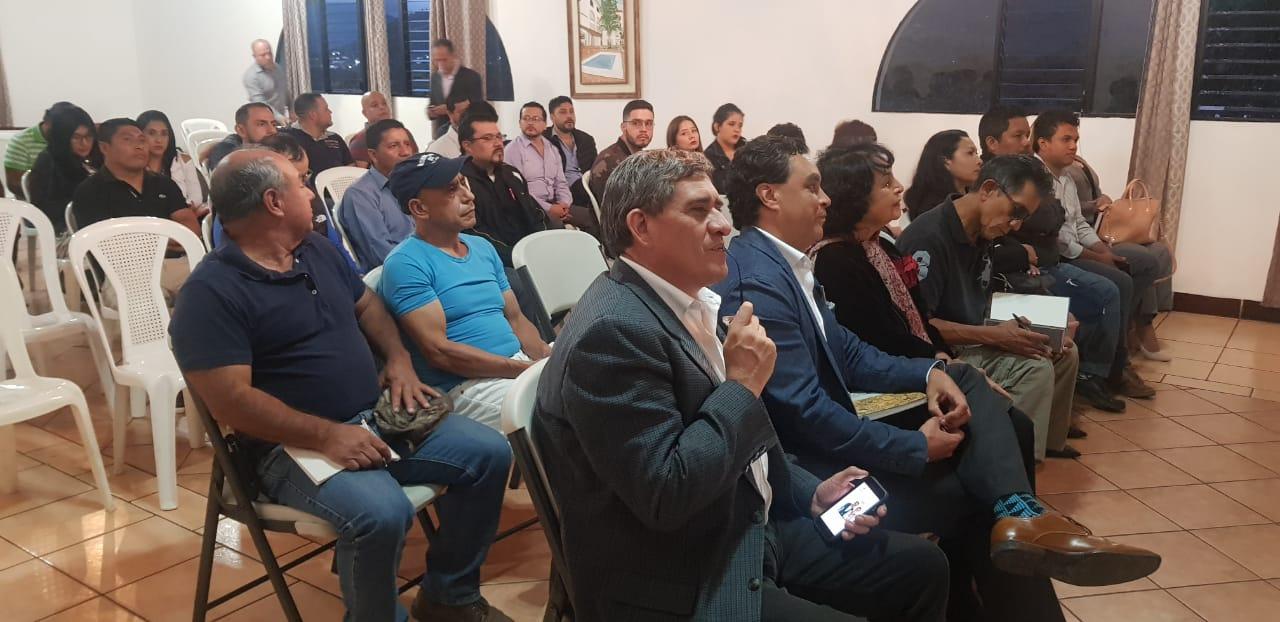 Jalapanecos apuestan por la formación política