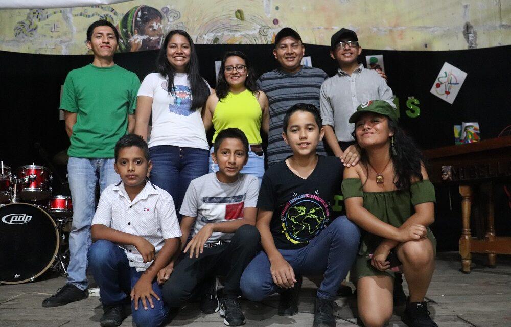 Adolescentes se manifiestan a través del arte en el marco de los 30 años de la Convención de los Derechos del Niño y la Niña