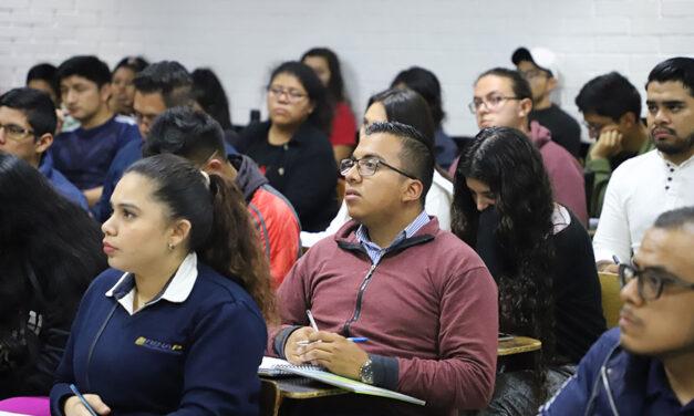 Guatemala está en mora con la Educación