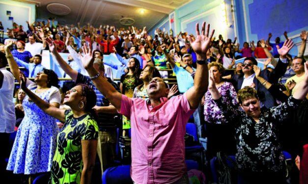 Evangélicos definen protocolos para volver a abrir sus negocios
