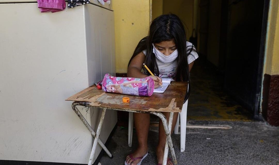 Derechos y voz de la niñez en cuarentena