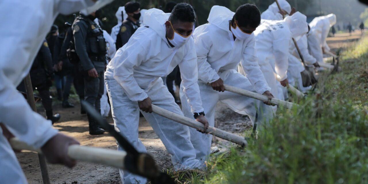 Reos de Pavón realizan trabajos voluntarios para reducción de sus condenas
