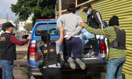 Extorsionista que recibía órdenes desde cárcel de Pavón es capturada