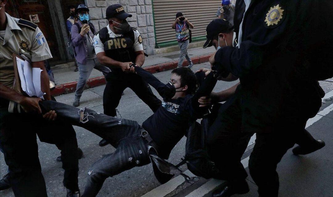 ¿Se usó excesivamente la fuerza para reprimir las manifestaciones del 21N?