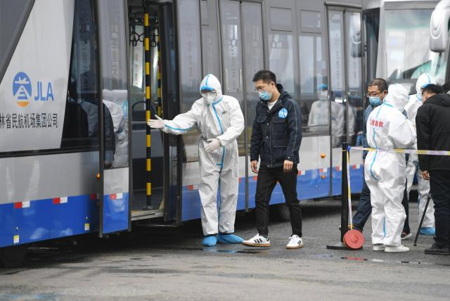 China comienza a hacer exámenes rectales para detectar Covid-19