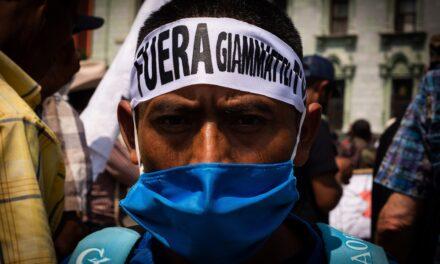 CODECA exhibe su rechazo al gobierno con una marcha multitudinaria