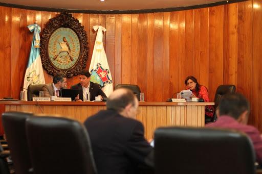 A la elección de alcaldes le urgen unas reformas
