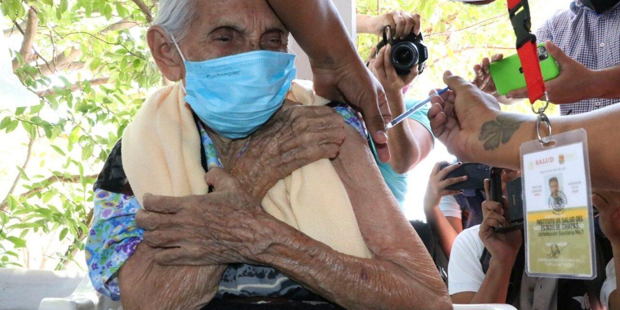 Vacunas gratis para chapines en méxico (nadie saber por qué)