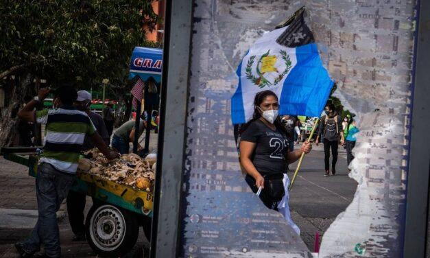 Los guatemaltecos no se identifican con los símbolos patrios