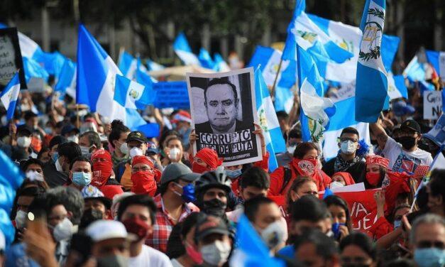 Del yugo español al yugo de la narcocleptocracia: la vuelta de los 200 años